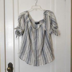 Dress Barn Off the Shoulder Top 14/16